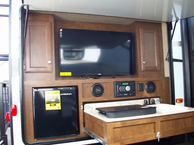 Image Result For Bunkhouse Fifth Wheel With Outside Kitchen