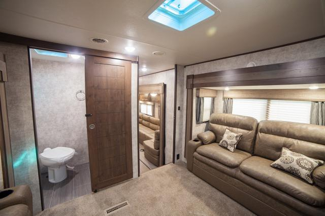 2017 Open Range 376fbh Front Living Room Or 2nd Bedroom