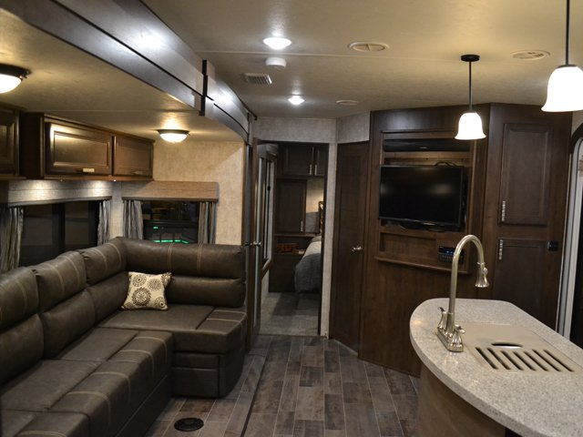 2017 Open Range Roamer 310BHS Travel Trailer with Bunks and Outdoor Kitchen
