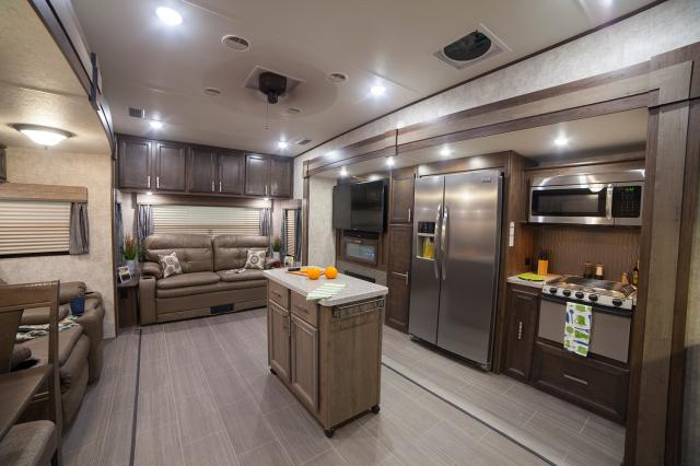 Open Range Roamer >> 2017 Open Range Roamer 348RLS Rear Living Fifth Wheel