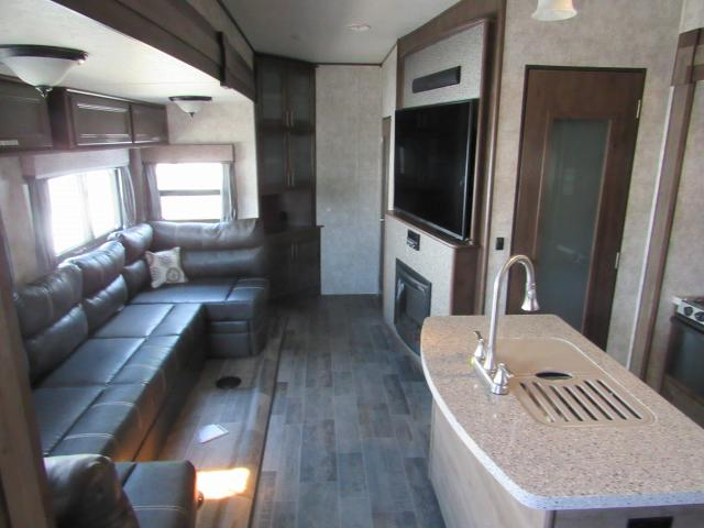 2018 open range roamer 374bhs bunkhouse 5th wheel with for 2 bathroom 5th wheel
