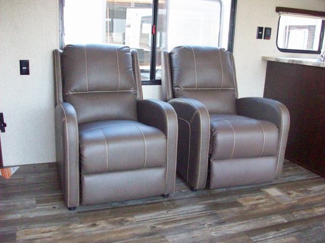 Cherokee Rk Rear Kitchen With Recliners Travel Trailer N
