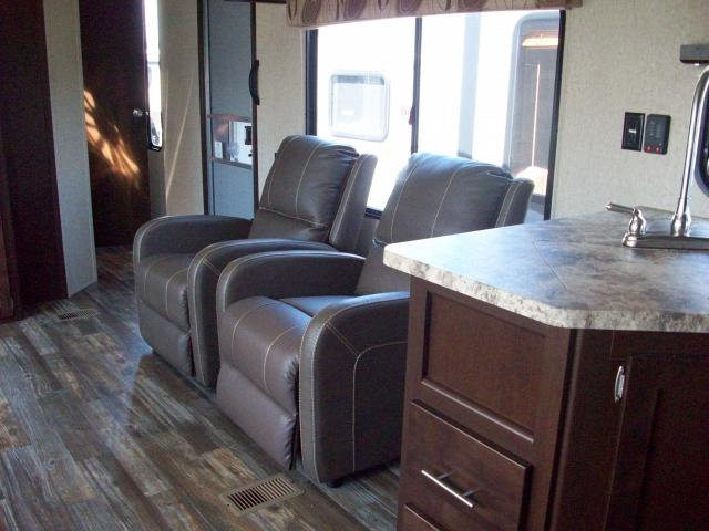 Cherokee 274rk Rear Kitchen With 2 Recliners Travel Trailer