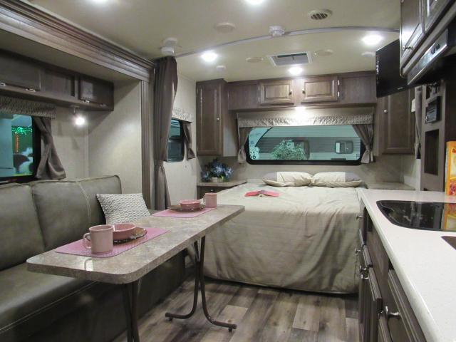 New 2017 Micro Lite 21FBRS Light Weight Travel Trailer