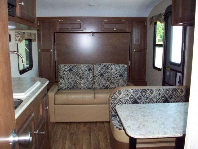 New 2017 Sonic 190vrb Light Weight Travel Trailer With