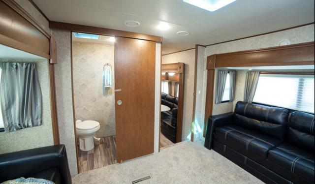 Open Range 376fbh Front Living Room Or 2nd Bedroom Fifth Wheel