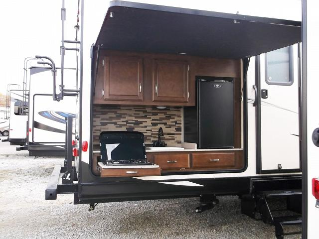 Hybrid Travel Trailer With Bunks