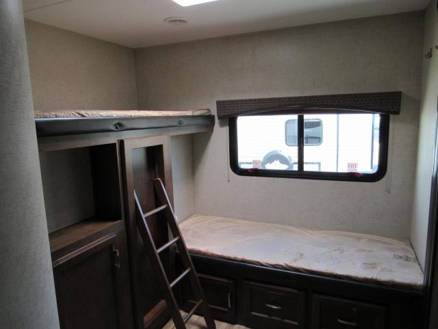 Sport Trek 320VIK Travel Trailer with Bunks and Outside Kitchen