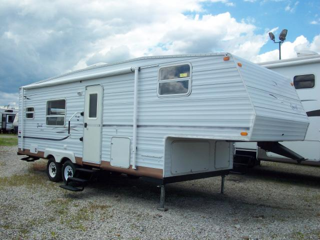 Used 2002 Jayco Quest 253 Fifth Wheel