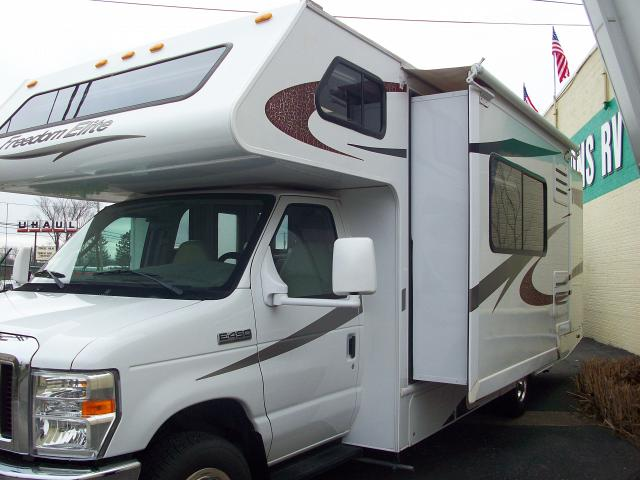 Used 2010 Four Winds