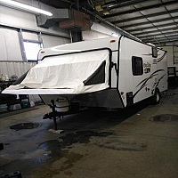 2014 KZ Spree Escape 18RBT Hybrid Trailer With Two Tent Ends