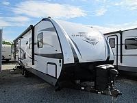 2018 Highland Ridge RV Ultra Lite UT2802BH Travel Trailer with Bunks and Outdoor Kitchen