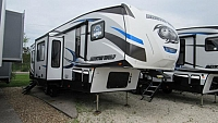 2019 Cherokee Arctic Wolf 305ML6 5th Wheel - Rear Kitchen Model