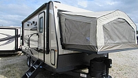 2019 Flagstaff Shamrock 21SS Light Weight Hybrid Trailer with Double Tent Beds