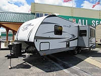 2018 Highland Ridge RV Ultra Lite 2410RL Travel Trailer