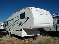 Used 5th Wheel 2008 Coachmen Chaparral 277DS Rear Living
