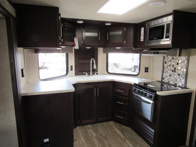 Travel Trailer With Front Kitchen