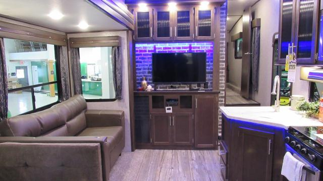 2018 Cherokee Arctic Wolf 315TBH8 5th Wheel with Bunks, 1.5 Baths and Outdoor Kitchen