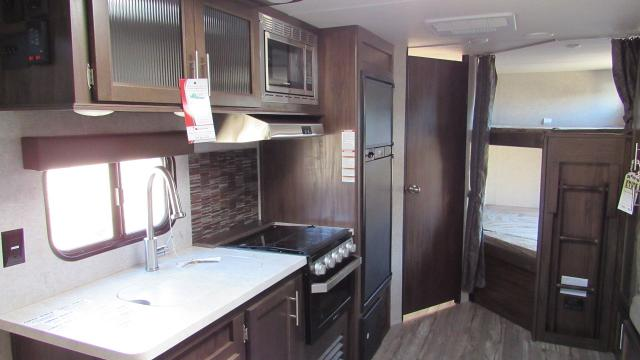 2018-Cherokee-Grey-Wolf-23DBH-Camping-Trailer-with-Bunk-Beds-N5178-27527.jpg