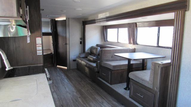2018-Cherokee-Grey-Wolf-26CKSE-Travel-Trailer-with-Bunk-Beds-N5359-30921.jpg