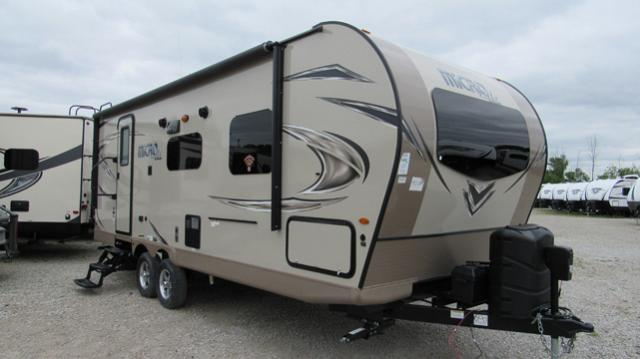 2018 Flagstaff Micro Lite 25FBLS Travel Trailer with Front Queen Bed