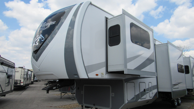2018 Highland Ridge Open Range 370RBS Front Living with Rear King Bed Fifth Wheel