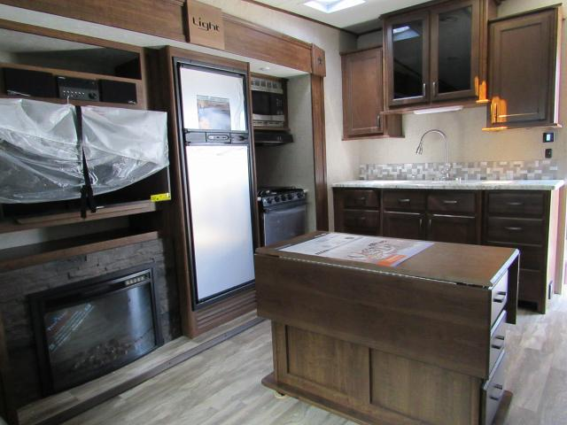2018 Highland Ridge Open Range Light 297RLS 5th Wheel