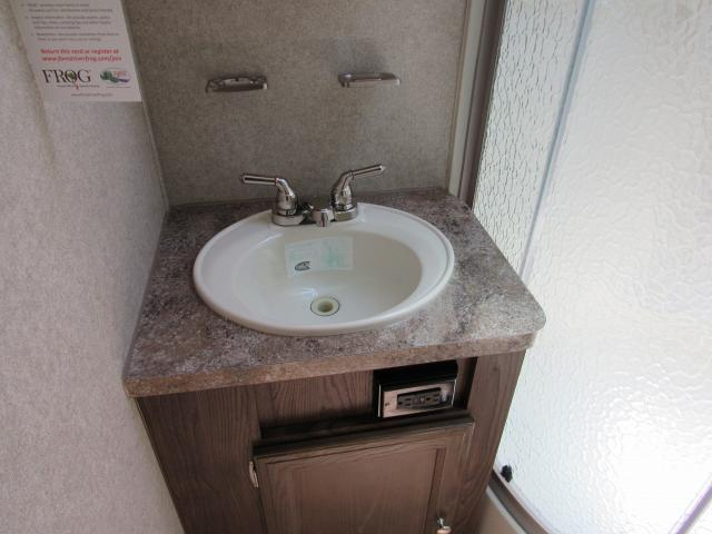 ... 2018 Micro Lite 21DS Rear Bath With Murphy  ...