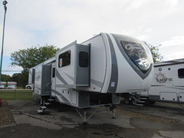 2018 open range 376fbh front living room or 2nd bedroom fifth wheel for Front living room fifth wheel rv for sale