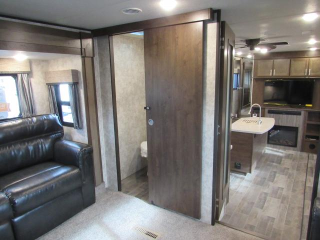 two bedroom fifth wheel 2018 open range 376fbh front living room or 2nd bedroom 17659