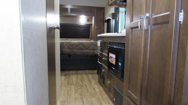 2018 Sonic Lite 169VBH Light Weight Camping Trailer with Bunks