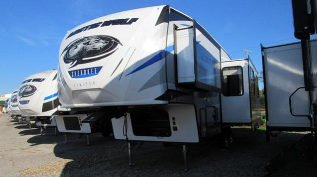 2019-Cherokee-Arctic-Wolf-265DBH8-Light-Weight-5th-Wheel-with-Bunks-N5607-37318.jpg