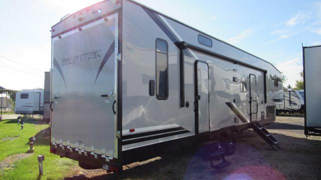 2019 Cherokee Wolf Pack 315PACK12 Toy Hauler 5th Wheel