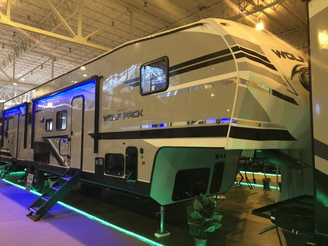 2019 Cherokee Wolf Pack 365pack16 5th Wheel Toy Hauler For Sale At All Seasons Rv