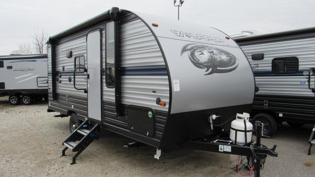 2019 Cherokee Wolf Pup 16PF Light Weight Travel Trailer with Slide-out