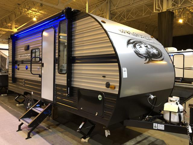 2019-Cherokee-Wolf-Pup-16PF-Light-Weight-Travel-Trailer-with-Slide-out-N5766-39716.jpg