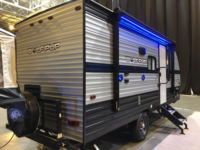 2019-Cherokee-Wolf-Pup-16PF-Light-Weight-Travel-Trailer-with-Slide-out-N5766-39718.jpg