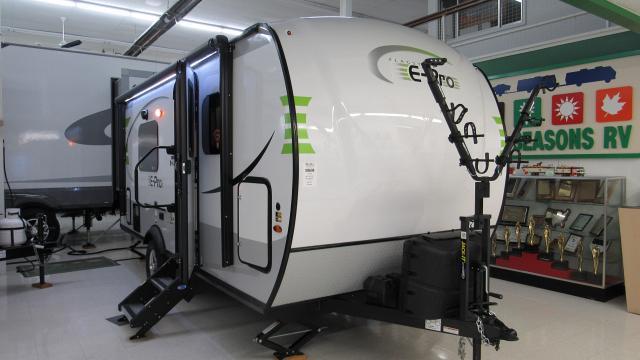 2019 Flagstaff E Pro 19FD Lightweight Travel Trailer with Murphy Bed