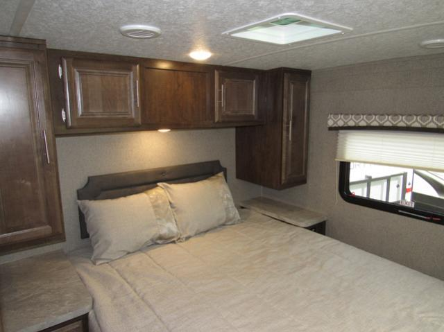 2019 Flagstaff Micro Lite 25FKS Camping Trailer with Front Kitchen