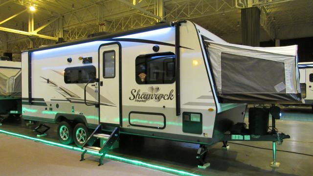 2019 Flagstaff Shamrock 233S Hybrid Trailer with 3 Tent Beds and Slide-out