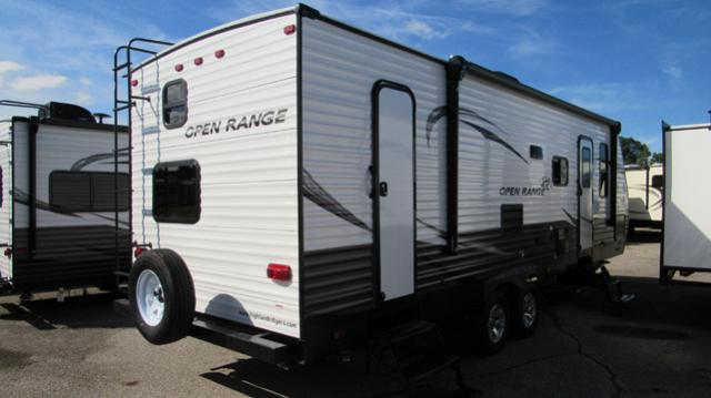 2019-Open-Range-27BHS-Travel-Trailer-with-Bunk-Beds-by-Highland-Ridge-RV-N5562-35974.jpg
