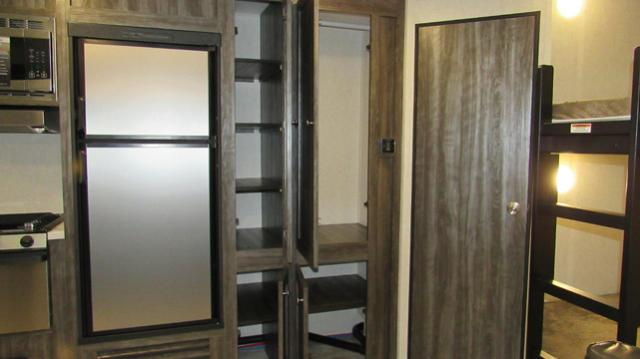 2019-Open-Range-27BHS-Travel-Trailer-with-Bunk-Beds-by-Highland-Ridge-RV-N5562-35993.jpg