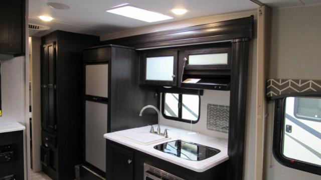 2019 Sonic 234VBH Light Weight Camping Trailer with Bunks