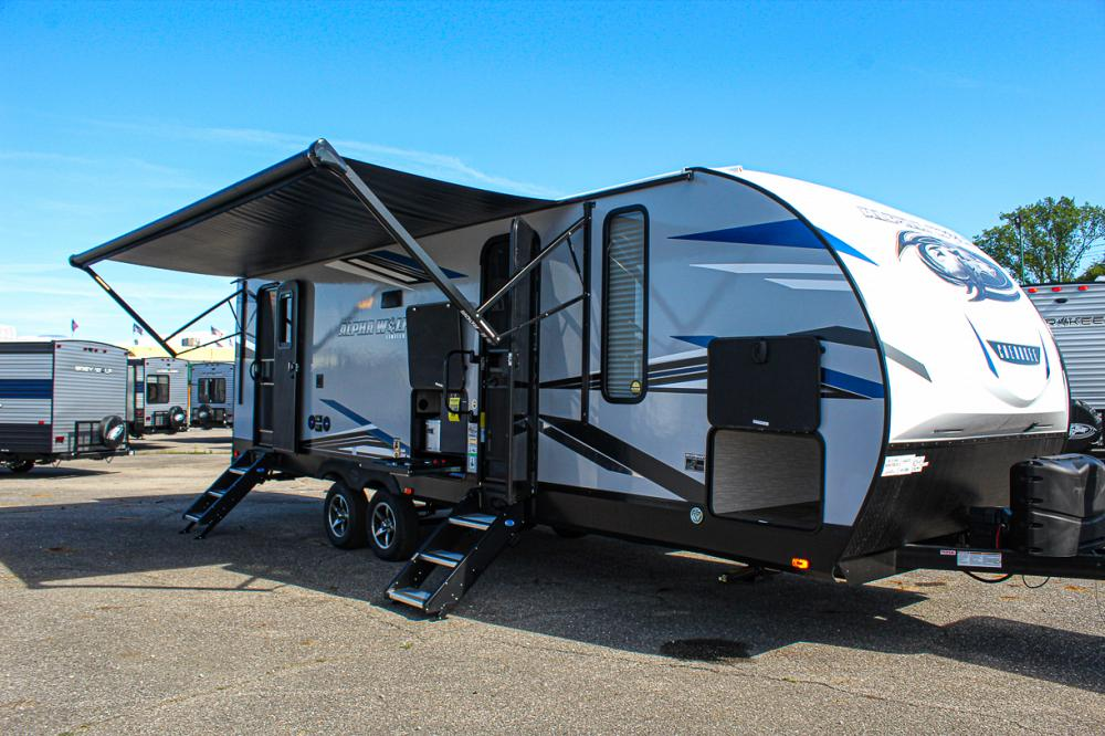 Cherokee Alpha Wolf 26DBH-L Travel Trailer