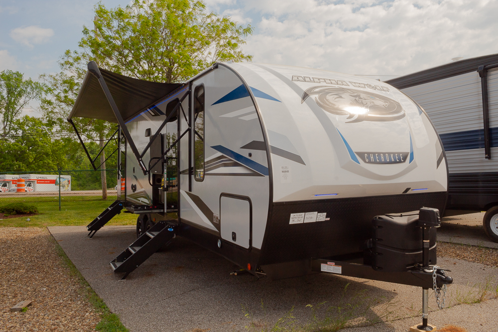 2022 Cherokee Alpha Wolf 26DBH-L Bunkhouse Travel Trailer with Mini Outside Kitchen