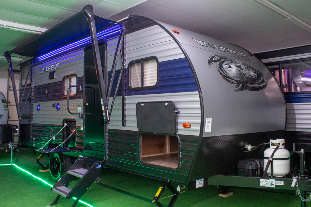 2021 Cherokee Wolf Pup 17JG Travel Trailer with Bunks