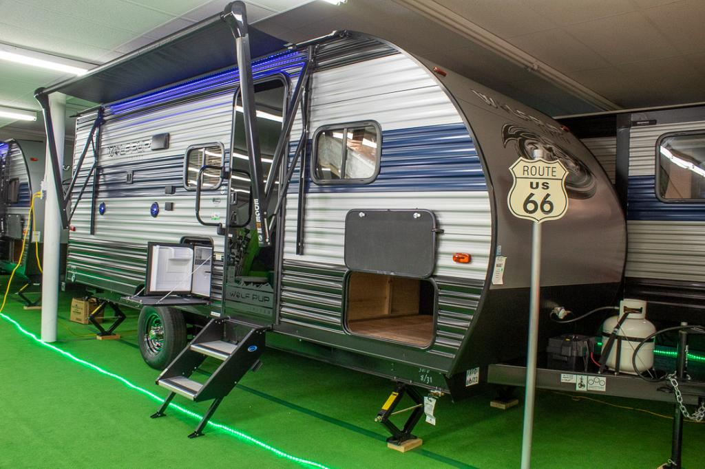 2021 Cherokee Wolf Pup 18TO Light Weight Travel Trailer