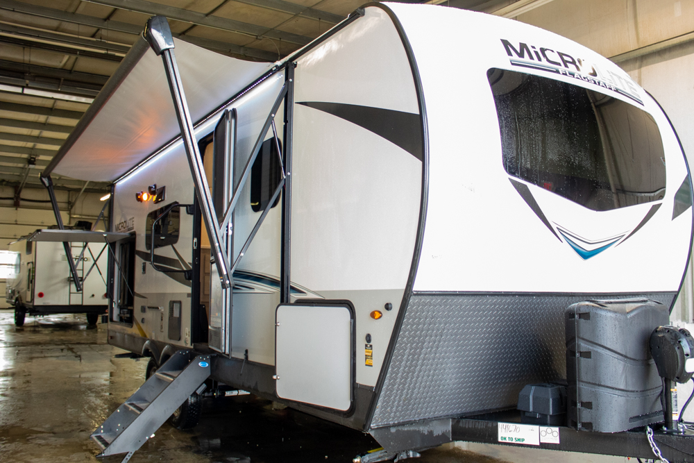 2021 Flagstaff Micro Lite 25BSDS Camping Trailer with Outdoor Kitchen