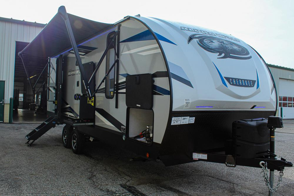 Forest River Cherokee Alpha Wolf 22SW Camper