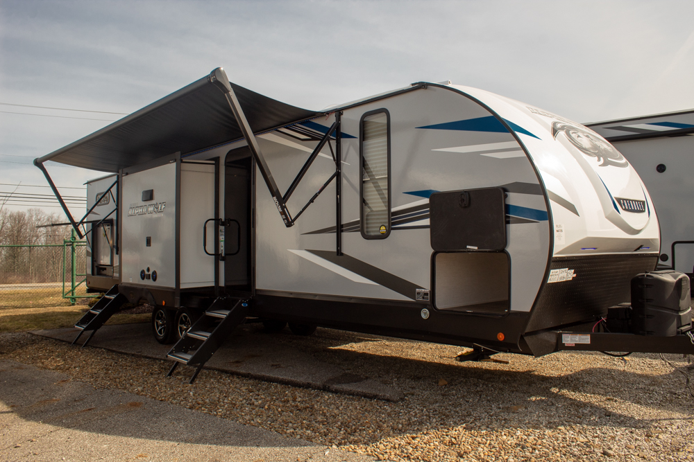 2022 Cherokee Alpha Wolf 33BH-L Bunkhouse Travel Trailer with 1.5 Baths and Outdoor Kitchen
